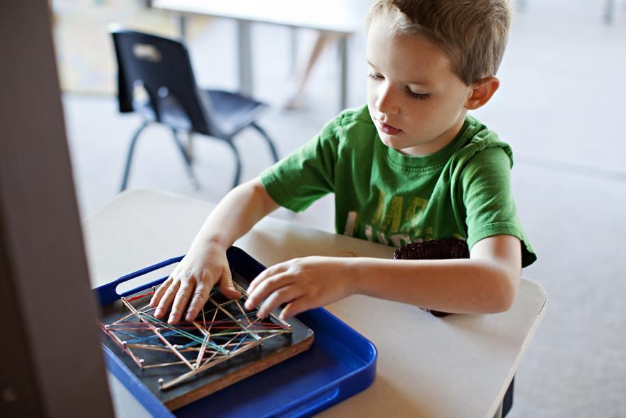 Écoles Montessori à Paris : laquelle choisir ?